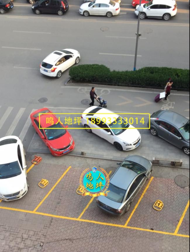 街道停车位画线施工案例