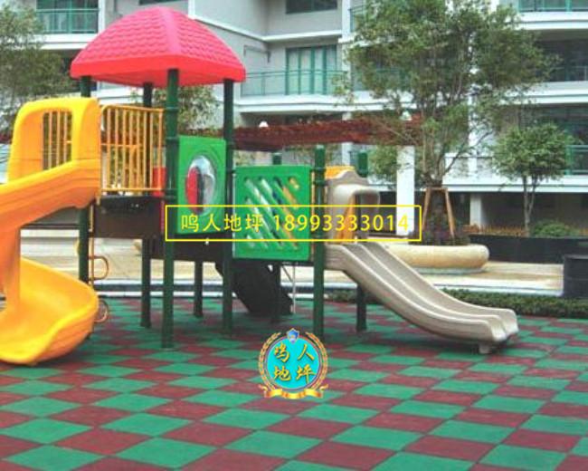 幼儿园橡胶地垫施工案例